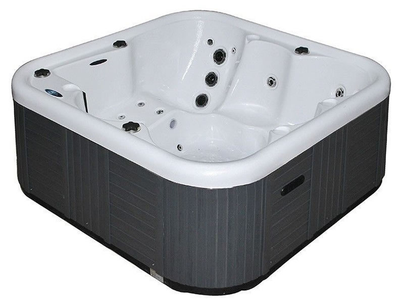 The Mallorca Superior Hot Tub