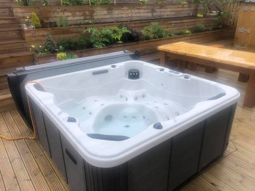 Image: 28 - Pool Spas Hartlepool Hot Tub Supplier